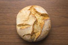 Petit pain sur un fond foncé Photo stock
