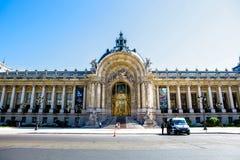 Petit Palais em Paris foto de stock royalty free
