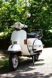 Petit scooter de vélomoteur Photos libres de droits