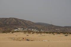 Petit somme dans le sable Image stock