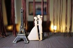 Petit Tour Eiffel avec des anneaux Photographie stock libre de droits
