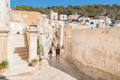 Petit village sur l'île de Levanzo, Trapani, Italie Photo stock