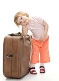 Petit voyageur se préparant à un voyage Photographie stock libre de droits