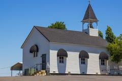 Petite église de pays Image stock