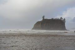 Petite île en mer Images libres de droits