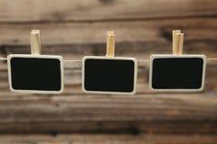 Petite agrafe de panneau de craie d'ardoise de tableau noir avec l'espace pour le texte Photographie stock