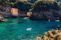 Petite baie en San Fruttuoso, Italie photo stock