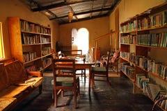 Petite bibliothèque rustique Photographie stock