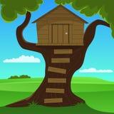 Petite cabane dans un arbre Photographie stock