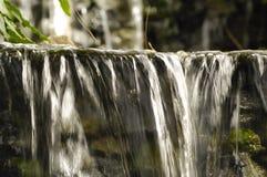 Petite cascade à écriture ligne par ligne Images stock