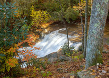 Petite cascade dans la réserve forestière de Pisgah Photo libre de droits