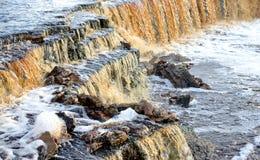 Petite cascade sur la rivière de Tosna Images stock