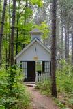 Petite chapelle de pays Image stock