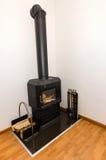 Petite cheminée en villa Photographie stock