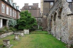 Petite cour, Abbaye de Westminster. Photos libres de droits