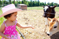 Petite cow-girl Photo libre de droits