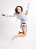 Petite fille au-dessus du fond blanc Images libres de droits