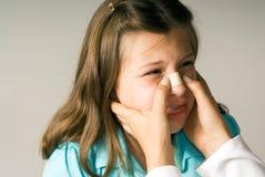 Petite fille avec band-aid sur elle nez-horizontale Photographie stock