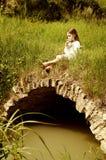 Petite fille avec la cannelure Image stock