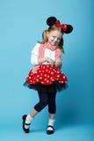 Petite fille avec le masque de souris Images libres de droits