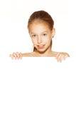 Petite fille avec le signe vide Photo stock