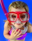 Petite fille avec Snorkle Images libres de droits