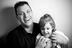 Petite fille avec son papa Photos libres de droits