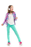 Petite fille chanteuse Photo stock