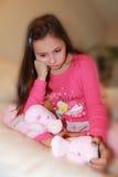Petite fille d'Upest avec la larme dans son oeil Photographie stock libre de droits