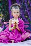 Petite fille dans la robe orientale Image libre de droits