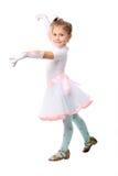 Petite fille de danse mignonne au-dessus de blanc Photos libres de droits