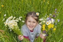 Petite fille de marguerite Photographie stock libre de droits