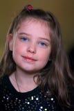 Petite fille douce mignonne photographie stock libre de droits