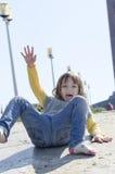 Petite fille en parc Image libre de droits