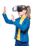 Petite fille en verres de VR Image libre de droits