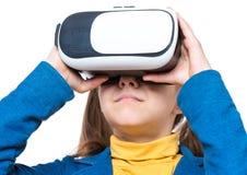 Petite fille en verres de VR Photos libres de droits
