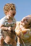 Petite fille et sa maman criant Photos libres de droits
