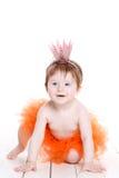 Petite fille habillée comme grenouille de princesse Photographie stock libre de droits