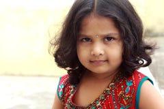 Petite fille indienne images libres de droits