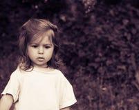 Petite fille pensive Images libres de droits