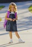 Petite fille prête pour l'école Images stock