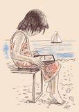 Petite fille sur le bord de la mer Image stock
