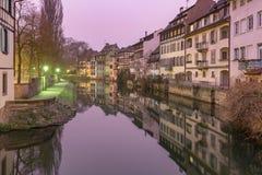 Petite France i morgonen, Strasbourg, Alsace royaltyfri foto