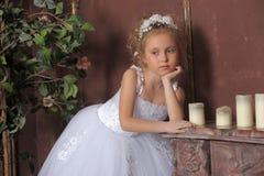 Petite jeune mariée Photo libre de droits
