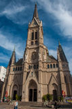 Petite mais belle église de Mar del Plata, Argentine Photographie stock libre de droits