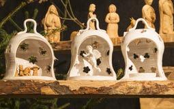 Petite nativité en céramique handmade photos stock