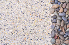 Petite pierre sur le fond de gravier Images stock