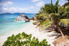 Petite plage tropicale Photos stock