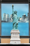 Petite reproduction de la statue de la liberté Image stock