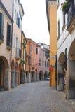 Petite rue à un centre de Padoue images stock